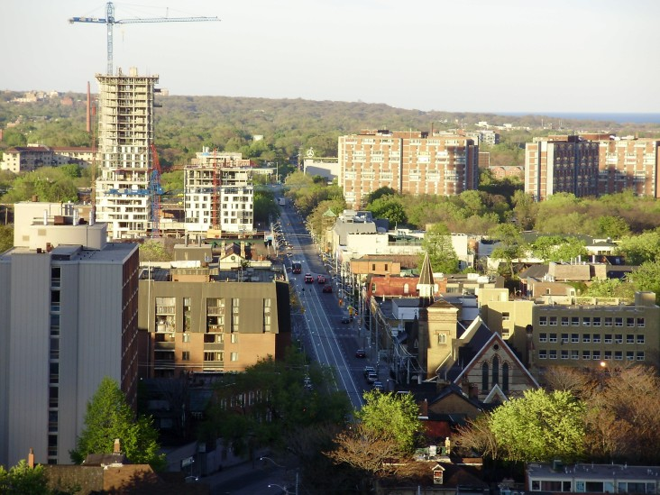 View of Toronto's Regent Park in 2008, during Phase One of its redevelopment. Today, only one of the five original public housing towers (seen at right) still stands.